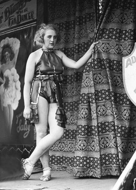 Wolfgang Suschitzky, 'The Fan Dancer, Hampstead Heath Fair, London', 1934