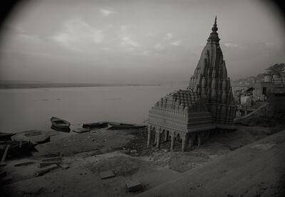 Kenro Izu, 'Varanasi #105, India', 1997