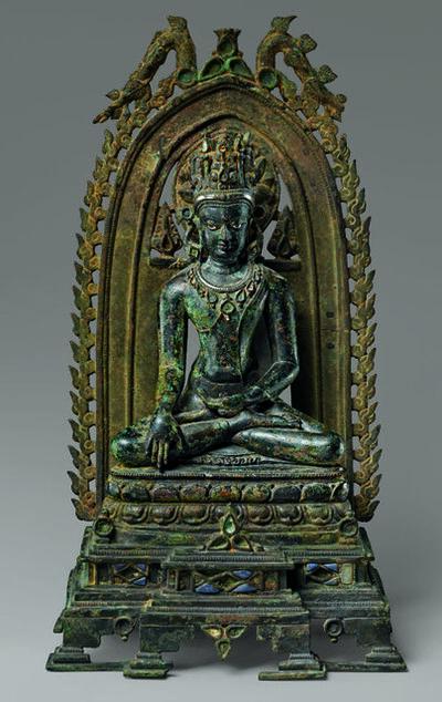 'Crowned Buddha', 10th-11th century
