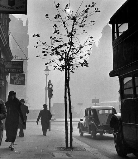 Wolfgang Suschitzky, 'Charing Cross Road, London', 1937