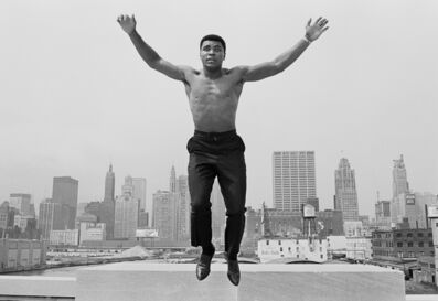 Thomas Hoepker, 'Muhammed Ali jumping from a bridge over the Chicago River', 1966