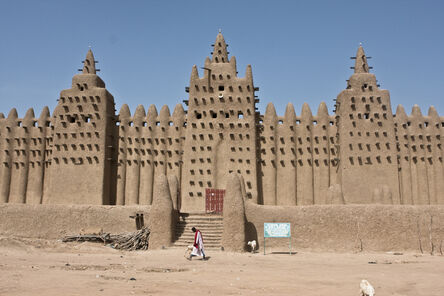'Great Friday Mosque of Djenne (rebuilding of 1907, in the style of 13th-century original)', 1907