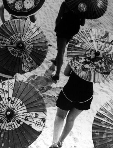 Martin Munkácsi, 'Bathing Beauties', 1929