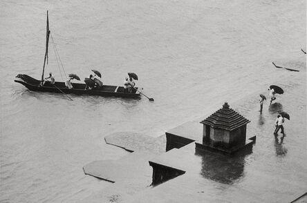 Gianni Berengo Gardin, 'A Boat on the Narmada River, Maheshwar', 1977-79