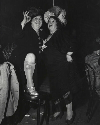 Weegee, 'Billie Dauscha and Mabel Sidney, Bowery Entertainers', ca. 1950