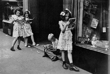 Ruth Orkin, 'Comic Book Readers', 1947