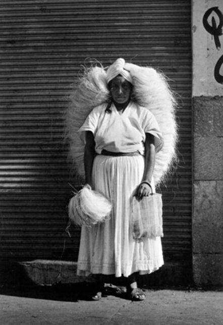 Graciela Iturbide, 'Vendedora de zacate [Sponge Vendor], Oaxaca, Mexico', 1974