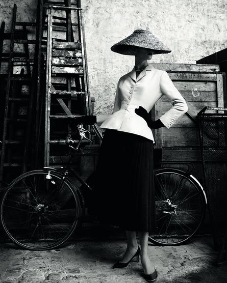 Patrick Demarchelier, 'Christian Dior Haute Couture, Spring 1947', 2011