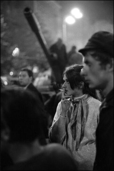 Ian Berry (1934), 'Czechs gather under the gunbarrel of a Russian tank to protest the invasion. Prague, Czechoslovakia. ', 1968