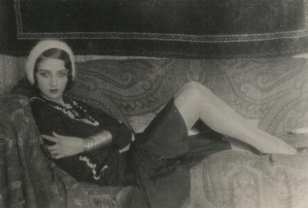Jacques-Henri Lartigue, 'Renée Perle allongée sur un canape, Paris', 1931