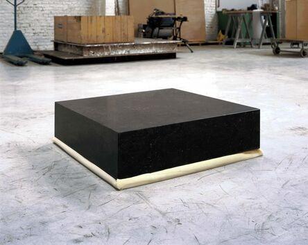 Didier Vermeiren, 'Un bloc de pierre de 80x80x20cm sur un bloc de polyuréthane de 80x80x20cm', 1985