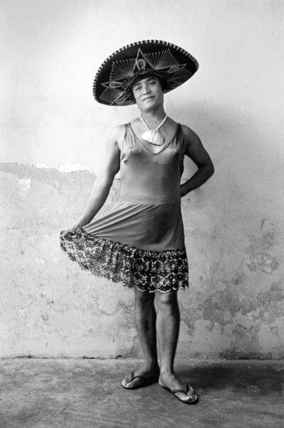 Graciela Iturbide, 'Magnolia con sombrero', 1986