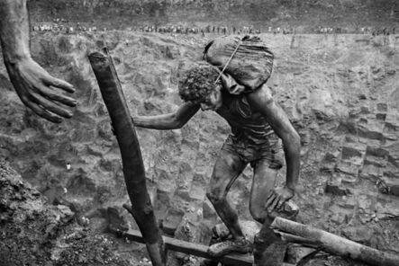 Sebastião Salgado, 'Gold mine of Serra Pelada. Pará, Brazil.', 1986