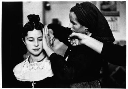 Inge Morath, 'Bridesmaid's hairdressing, Navaclan, 1955 ', 1955