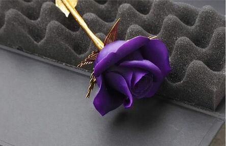 Huang Yulong 黄玉龙, 'Purple/Gold Rose玫瑰花 - 金/紫', 2015