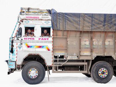 Martin Roemers, 'Tata 3118; Truck drivers Niranjan Barma, Pinto Malick (Nashik, Maharashtra)', 2019