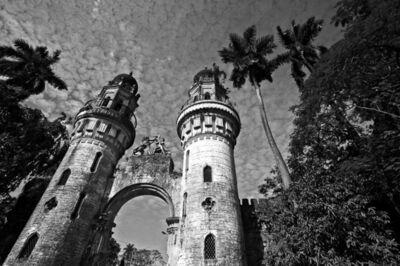 Prabir Purkayastha, ''Castle Gate', Bengali Aristocrat's Mansion, outskirts of Calcutta', 2013