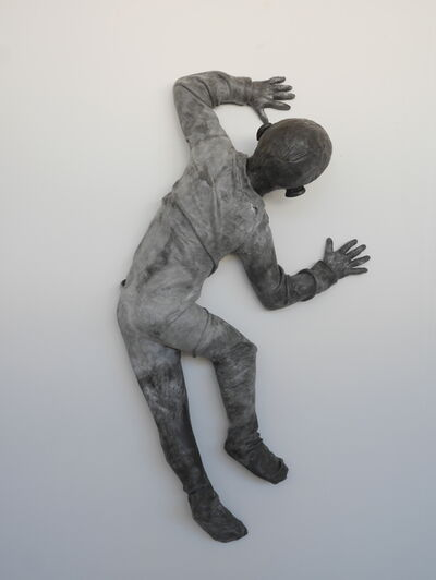 José Cobo, 'Child crawling on the wall turning (figura de niño)', 2014