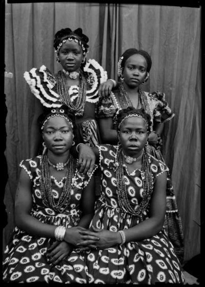 Seydou Keïta, 'Sans titre (11995)', 1952-1955