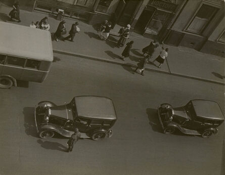 Alexander Rodchenko, 'Street Traffic, Moscow', 1932