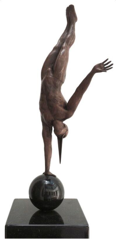 Jorge Marín, 'Equilibrista en un brazo', 2014