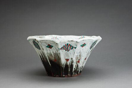 Tomoo Hamada, 'Bowl, black and white glazes with akae decoration'