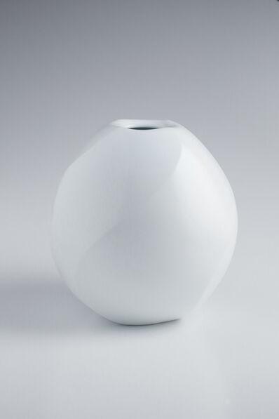 Maeta Akihiro, 'White Porcelain Twisted Faceted Jar', 2015