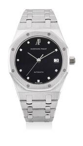 Audemars Piguet, 'A fine, very rare and elegant white gold wristwatch with sweep center seconds, black dial, diamond-set numerals, date, bracelet and presentation box', 1991