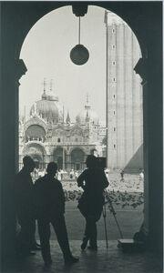 Anatole Saderman, 'Los colegas en la plaza San Marco', 1962