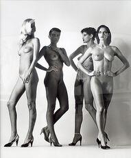 Walking Women, Paris 1981