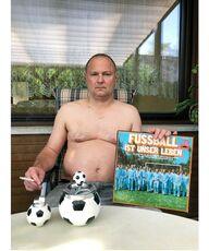 Self Portrait, Fussball ist unser leben, Bubenreuth