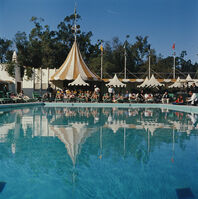 Slim Aarons, 'Beverly Hills Hotel Pool', 1957