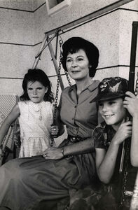 Larry Burrows, 'Mother and Kids, 3/10/64', 1964