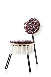 Cultivado em Casa, 'Chair 56 Petecas', 2013