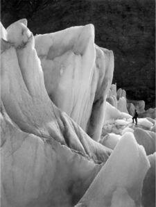 Frank Hurley, 'The Obelisk', 1914-1917