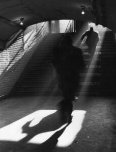 Sabine Weiss, 'Paris (Sortir de Métro)', 1955