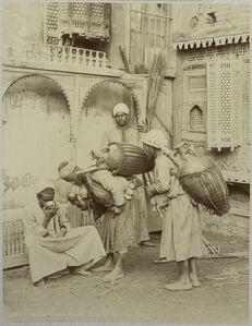 Félix Bonfils, 'Vendeurs d'eau fraiche dans les rues du Caire', 1880