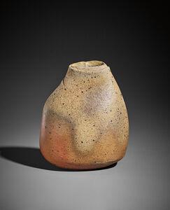 Élisabeth Joulia, ''Petit vase amande'', 1973