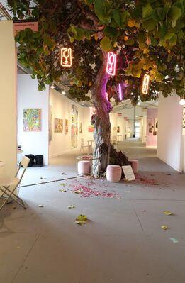 GALLERY MoMo at PULSE Miami Beach 2018, installation view
