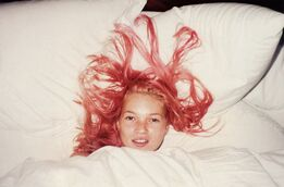 Juergen Teller, Young Pink Kate, London