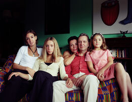 Thomas Struth, The Martin and Mason Family, Düsseldorf 2001