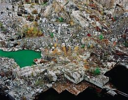 Edward Burtynsky, Rock of Ages #24, Abandoned Section Rock of Ages Quarry, Barre, Vermont, 1991