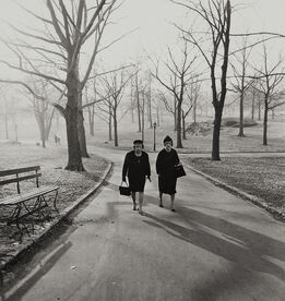 Diane Arbus, Two ladies walking in Central Park, N.Y.C.