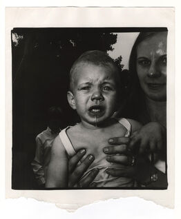 Diane Arbus, Mom Holding Crying Child, New Jersey
