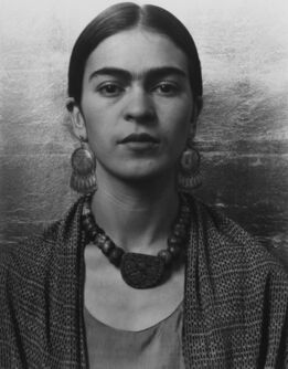 Imogen Cunningham, Frida Kahlo, Painter 2, 1931