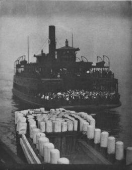 Alfred Stieglitz, The Ferry Boat (1910)