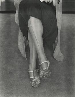 Dorothea Lange, Mended Stockings
