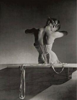 Horst P. Horst, Mainbocher Corset, 1939