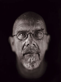 Chuck Close, A Couple of Ways of Doing Something