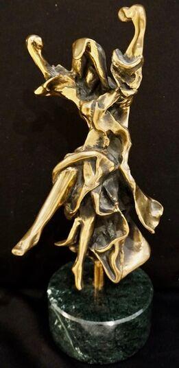 Salvador Dalí, Carmen-Castanets Sculpture
